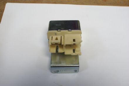 C3 C4 Corvette,Power Antenna Relay,GM 556511,New